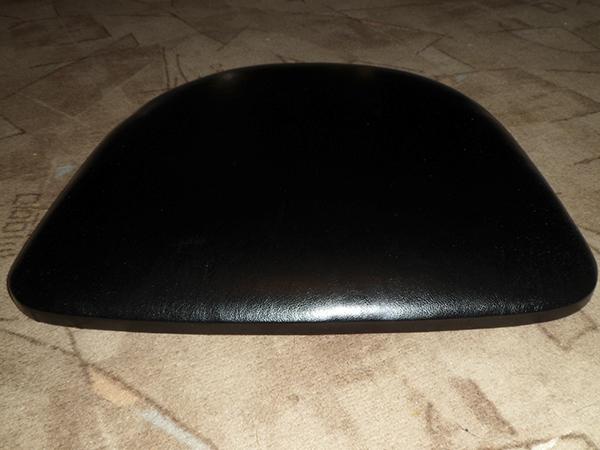 Замена обивки на стульях